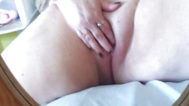 Mika videos de maduras madres Lana